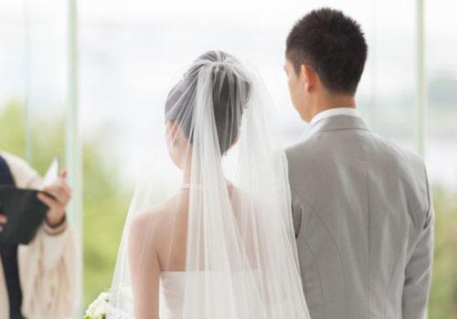 若い時に結婚したい