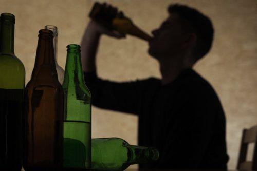 山口達也 アルコール依存症