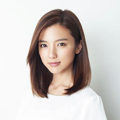 柴崎岳 真野恵里菜 結婚