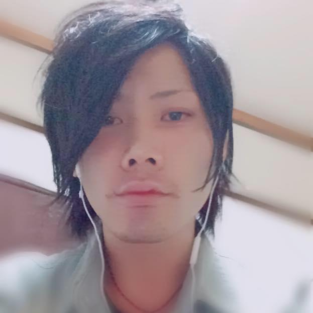 熊澤容疑者 Facebook